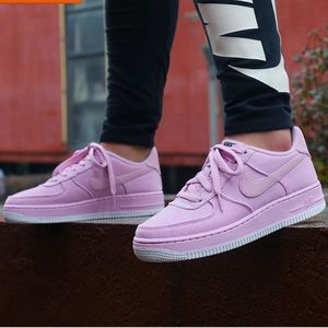 Nike Air Force 1 LV8 Style Shoe